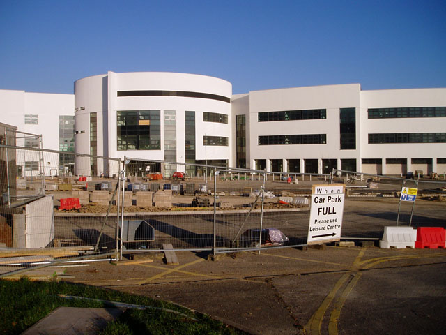 New building, Stroud College