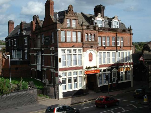 Crown Hotel, Longton