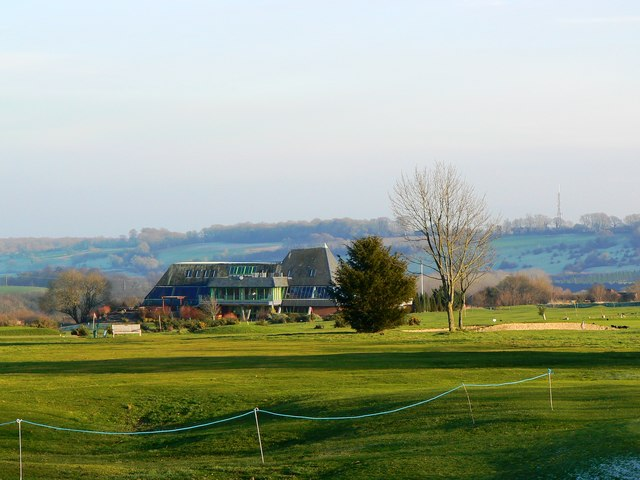 Marlborough Golf Club clubhouse, Marlborough