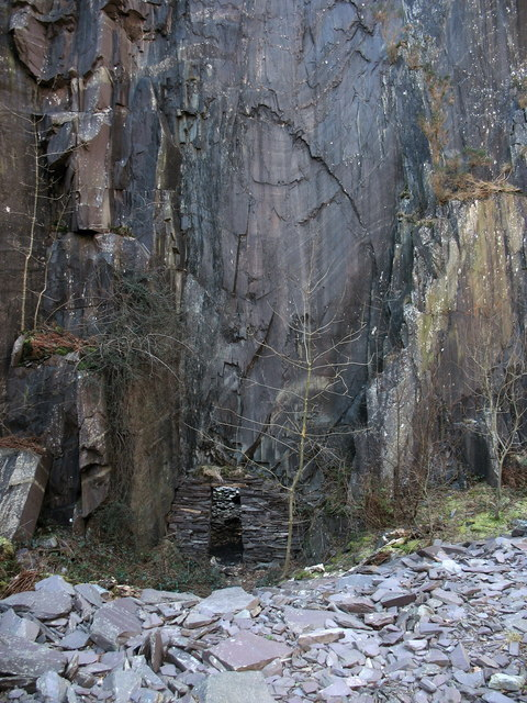 An old adit at the upper pit of Lower Glynrhonwy Quarry