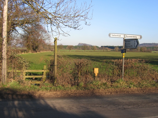 Footpath to Carrs Lane and Beeston