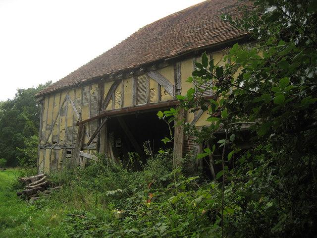 Derelict Barn, Dingleden Lane
