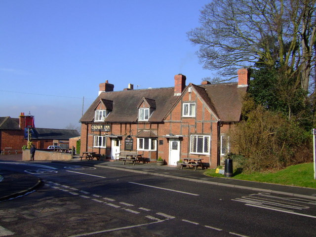 Crown  Inn, Claverdon