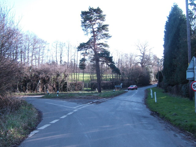 Road junction with the B2192