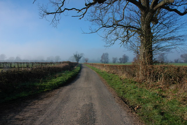 Country lane to Aulden