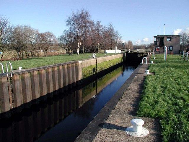 Woodlesford Lock