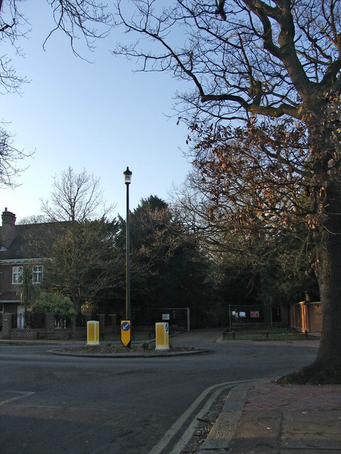 Roundabout and entrance to Grovelands Park from junction of Woodcroft and Broad Walk, N21