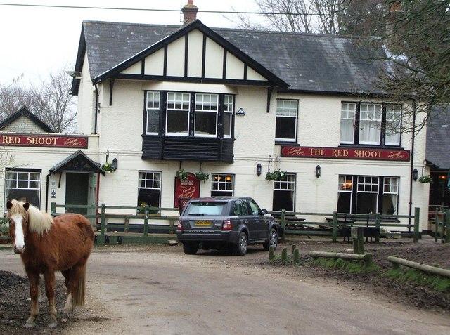 Red Shoot Inn, Linwood