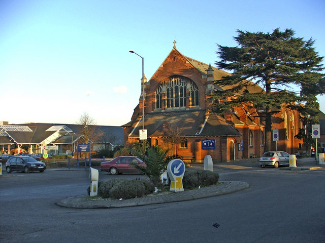 St Andrew's Parish Church, Chase Side, Southgate, N14