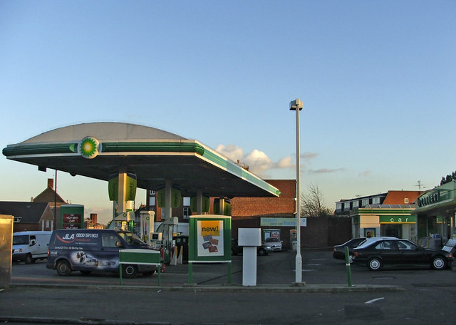 BP Petrol Station on corner of Chase Side and Chase Way, N14