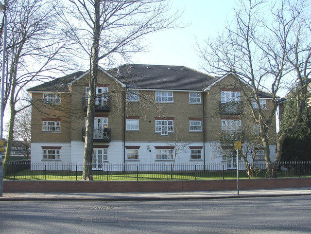 Apartment Block on corner of Harper Close and Chase Road, N14