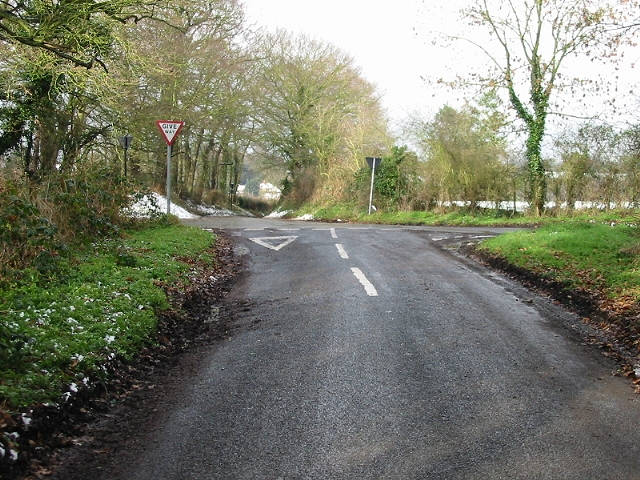 Crossroads of Swanton Lane and Court Hill