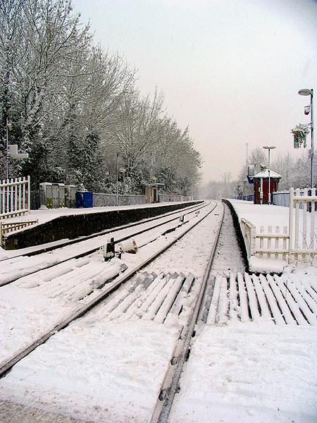 Midgham Station: Woolhampton