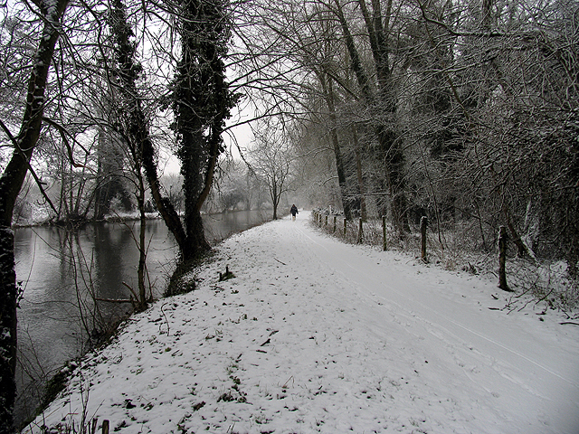 The Wintry Towpath at Woolhampton