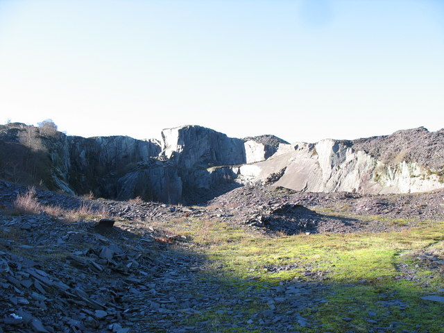 The upper pit of the Glynrhonwy Upper Quarry from the southern approach to the causeway
