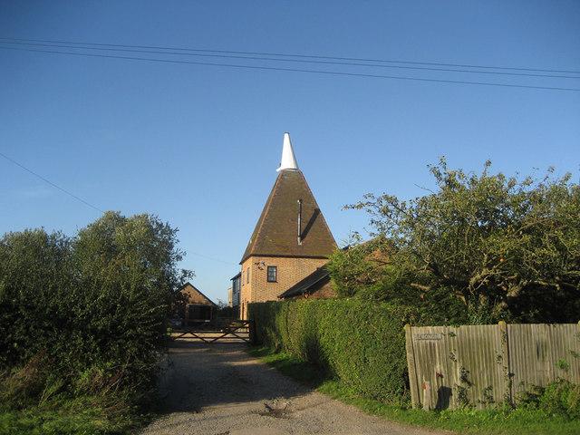 Isemonger Oast, Rolvenden Road, Tenterden, Kent