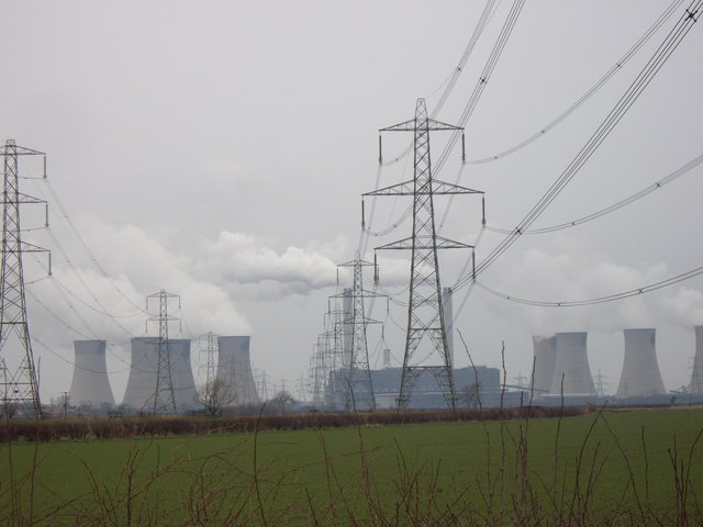 ...And the opposite direction, Pylons stretching towards West Burton Power Station