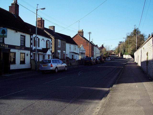 B3414 entering Warminster