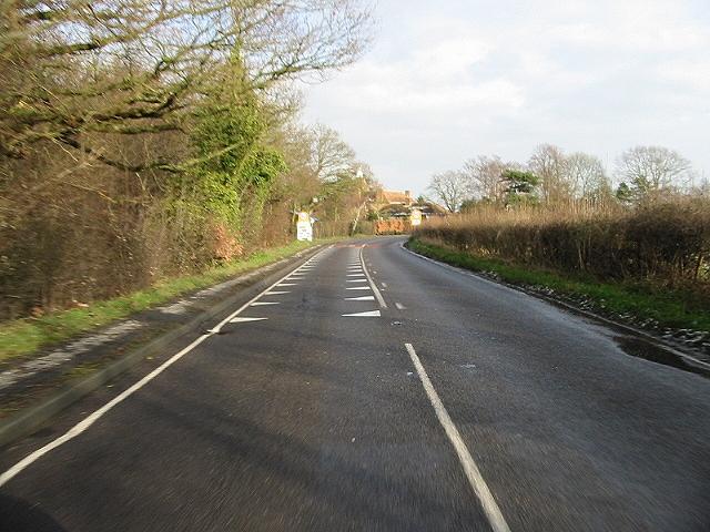Approaching 30mph zone, Littlebourne