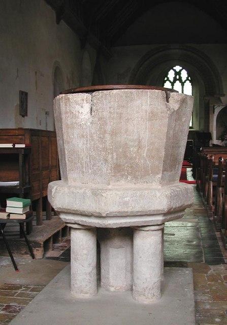 St Edmund, Hauxton, Cambridgeshire - Font