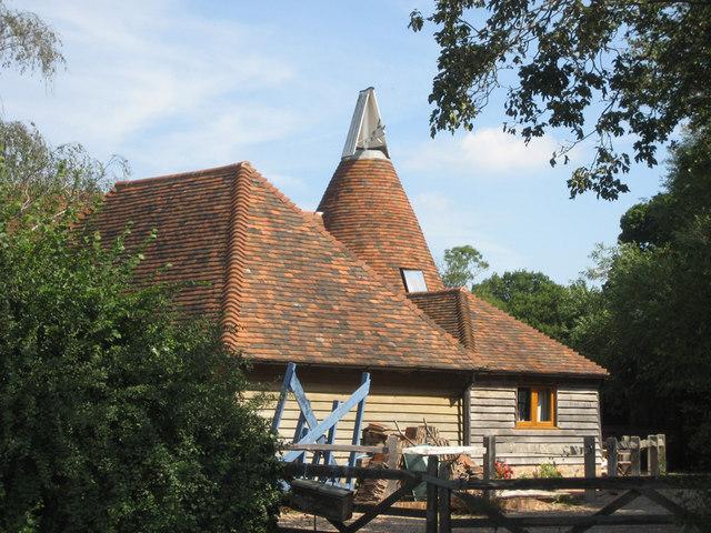 Oast House at Elms Farm, Bodiam, East Sussex