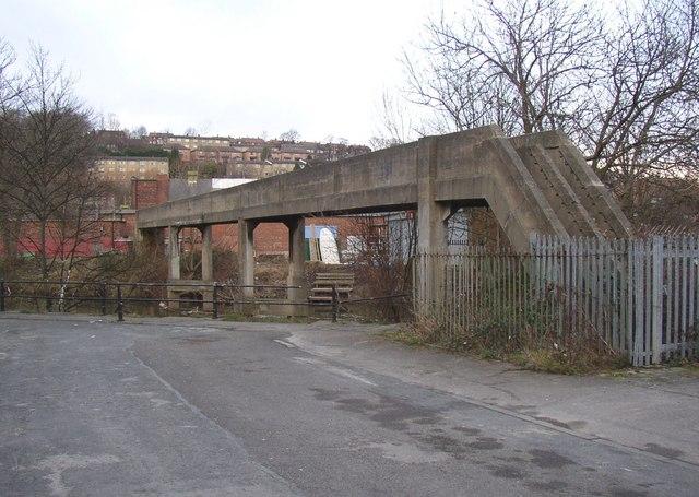 Pipe bridge over the River Aire, Shipley