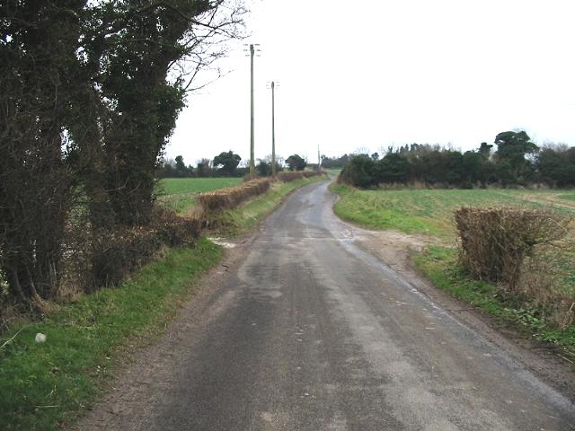 Looking SE along Waldershare Lane