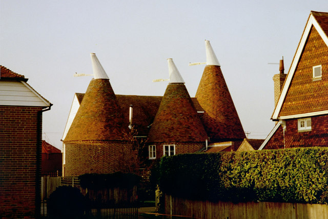 The Oast, Stone Castle Farm, Whetsted Road, near Five Oak Green, Kent