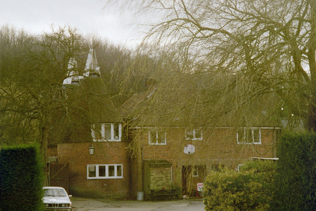 Malthouse Farm Oast, Queen Street, Sandhurst