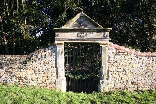 Elizabethan gateway
