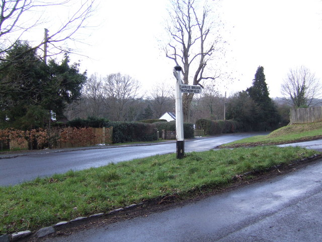 Lane junction near High Hurstwood