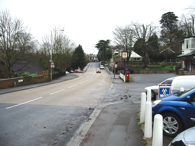 Looking NW along London Road, Temple Ewell