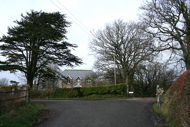 Sampford Courtenay: by The Old Rectory, Honeychurch