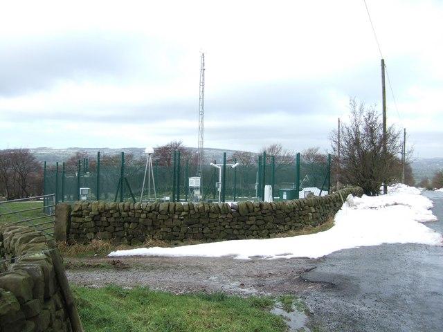 Weather Station near Blackshaw Moor
