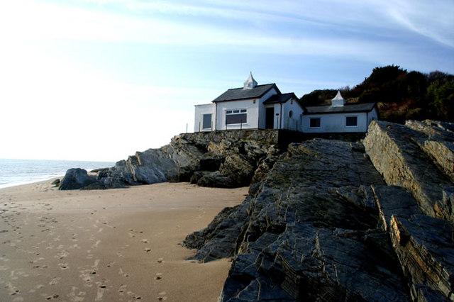The house on Ynys Cyngar