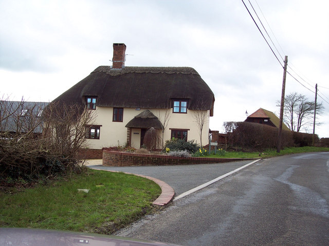 Thatched cottage in Manston