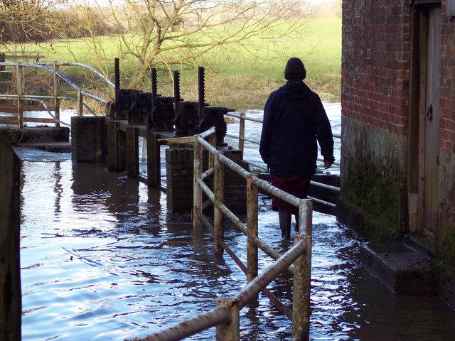 Footbridge underwater at Sturminster Newton Mill