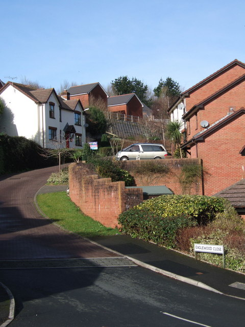 Eaglewood Close
