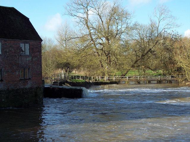 Weir at Sturminster Newton Mill