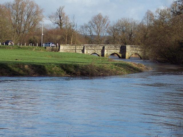 Bridge over the River Stour from Sturminster Newton Mill