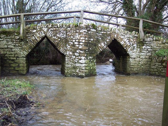 Packhorse bridge,  River Divelish