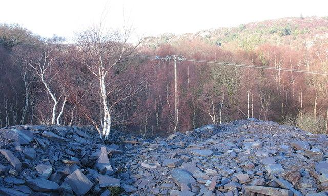Rubbish runs north of the Lower Glynrhonwy upper pit