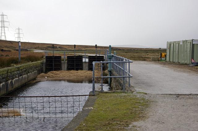 Sluice on drain below White Holme Reservoir