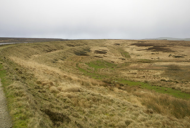 Moorland to SE side of White Holme Reservoir