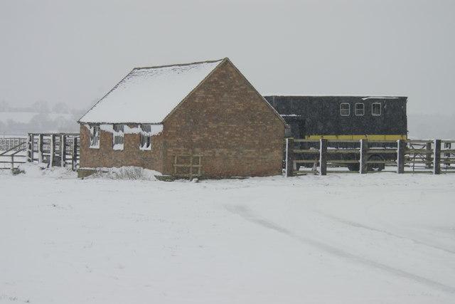 Barn in the snow,  Shabbington