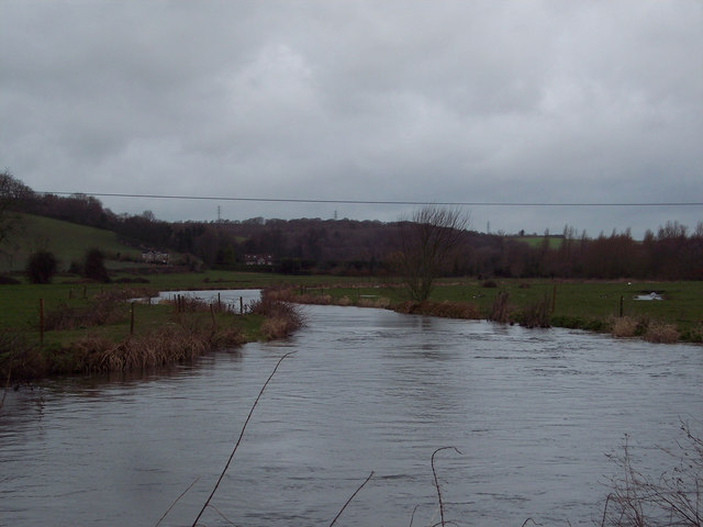 River Avon from Avon Bridge, Stratford sub Castle