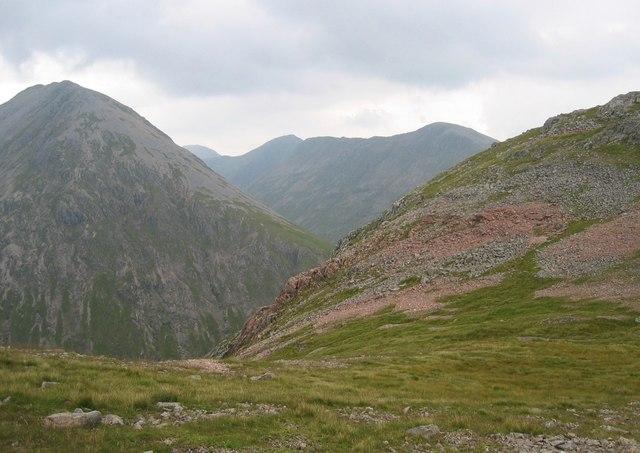 Eastern ridge of Stob Coire Sgreamhach
