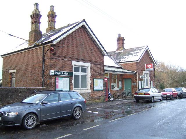 Eridge station building