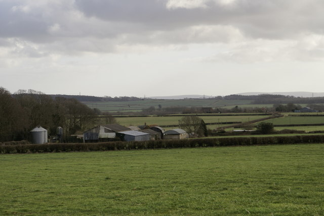 Looking South to Bushes Farm