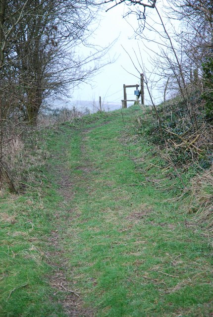 Footpath up Easton Hollow